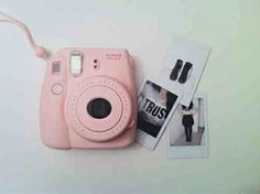 1a2c34e3fc095 Us teen girlies LOVE a pastel colored Polaroid camera