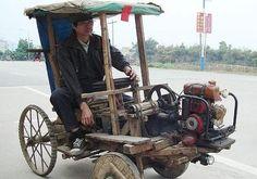 Coche de autoconstrucción.  Es genial tanto el coche como la actitud de su dueño.