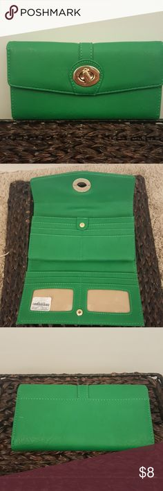 Kelly green wallet,  NWT New, Kelly green wallet, Charming Charlie Charming Charlie Bags Wallets