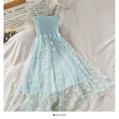 Girls Fashion Clothes, Teen Fashion Outfits, Girl Outfits, Fashion Dresses, Style Fashion, Cute Casual Outfits, Pretty Outfits, Pretty Dresses, Beautiful Dresses