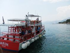 Baška Voda, loď Marin, kapitán Joško. #Baškopolje #BaškaVoda #Makarskariviera #Dalmacia #Dalmatien #JiříHrdý #Adria #Jadran #Croatia #Kroatien #Chorvatsko. Více informací (mehr Infos) na: http://jhrdy.webgarden.cz/rubriky/chorvatsko-2014/nase-plaz-baska-voda-2014, www.youtube.com/...