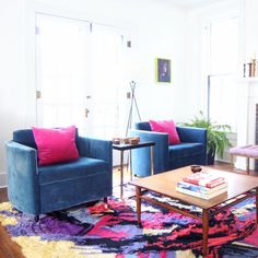 Living room with mohair chairs and 1970s rug #homedecor #bohochic