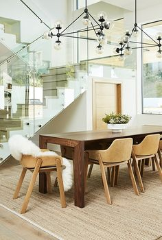 Get inspired by Modern Dining Room Design photo by AllModern. AllModern lets you find the designer products in the photo and get ideas from thousands of other Modern Dining Room Design photos. Dining Chairs, Dining Table, Dining Rooms, Green Velvet Sofa, Jenna Dewan, Modern Bedroom Design, Modern Design, Best Dining, Dining Room Design