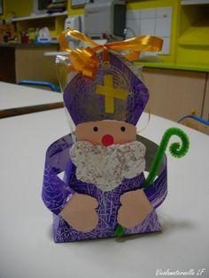 saint nicolas activité maternelle - Recherche Google Christmas Themes, Christmas Ornaments, Holiday Decor, Advent, Theme Noel, German Christmas, School Themes, Saints, December