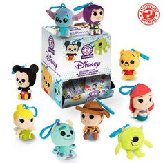Disney and Pixar Mystery Minis Plushies by Funko Disney Plush, Disney Tsum Tsum, Disney Toys, Disney Pixar, Disney Stuff, Disney Frozen, Disneyland, Disney Souvenirs, Pixar Characters