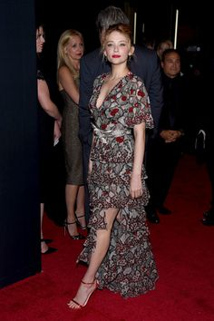Haley Bennett Lookbook: Haley Bennett wearing Beehive (8 of 8). Haley Bennett glammed up her look with this elegant beehive for the New York premiere of 'The Girl on the Train.'