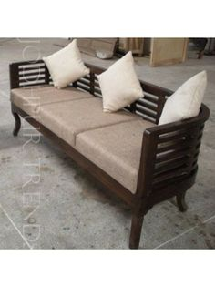 The sofa set has a sturdy structure and would last you for years to come.
