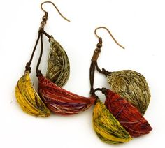 Fique Shells Eco Friendly Earrings, Assorted colors  Price : $22.00 http://www.enloops.com/Shells-Friendly-Earrings-Assorted-colors/dp/B00BSK4W4G