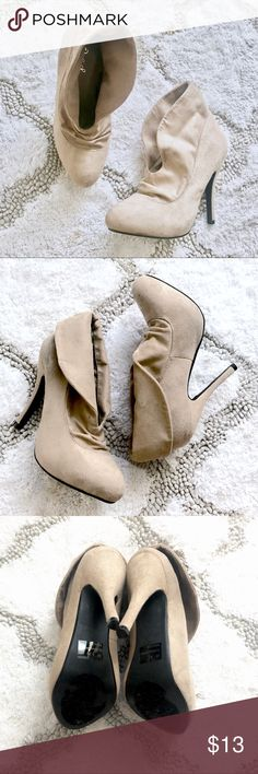 🔄 Used Qupid suede heels Taupe Beige Fold Over Ruched High Heel Platform Ankle Bootie Boot from Qupid. Slightly used suede heels with minimal wear and tear but in good condition with no major damages. Qupid Shoes Heeled Boots