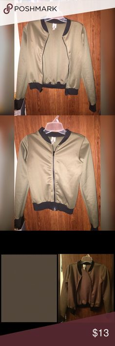 Jacket 😊😊😊🌸🌸🌸Perfect condition never wore !!! Color is DARK OLIVE , PLEASE LOOK AT LAST PHOTO FOR REAL COLOR IN PERSON !!!!! Size is a S , will fit sizes XXS to S . Not trading !!🌸🌸🌸😊😊😊😊😊 Jackets & Coats