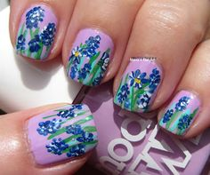 Marias Nail Art and Polish Blog: Blue flowers in a lilac dream