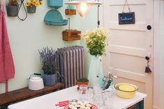 Shopping Guide: Get the Cozy Farmhouse Look at Home | Apartment Therapy