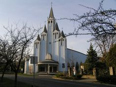 Imre Makovecz designed the Holy Spirit Church, Hévíz, Hungary Religious Architecture, Church Architecture, Organic Architecture, Gaudi, Architecture Organique, Water Tower, Central Europe, Budapest Hungary, Cathedrals