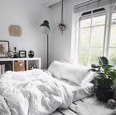 62 Ideas Bedroom Design Scandinavian Quartos For 2019 Living Room White, White Rooms, White Bedroom, Bedroom Wall, Bedroom Decor, White Bedding, Bedroom Plants, Master Bedroom, Design Bedroom