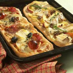 bramborová pizza Pizza, Tacos, Appetizers, Ethnic Recipes, Food, Image, Lasagna, Appetizer, Essen