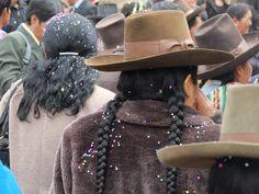 Perúvian wedding via @Baptiste Viry #wedding #tradition #landscape