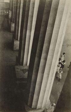 Aleksandr Rodchenko. Columns of the Museum of the Revolution. 1926