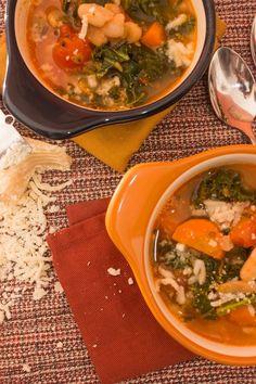 Tuscan Bean Vegetable Soup | http://www.ninetodivine.com/divine-recipes/tuscan-bean-vegetable-soup/