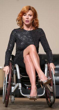 Enjoying Life, Wheelchairs, Cool Bikes, Disability, Lady, Hot, Beautiful, Women, Legs