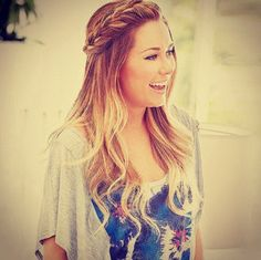 I'm obsessed with Lauren Conrad's hair... ♥