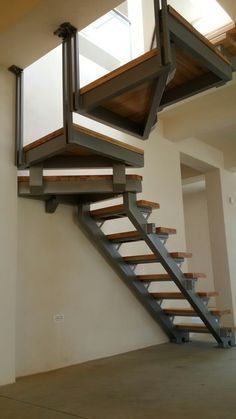 Spectacular The beautiful staircase decor of the house becomes comfortable hom Stairs Design Modern Beautiful Comfortable Decor Hom House Spectacular staircase Steel Stairs, Attic Stairs, House Stairs, Attic Loft, Railing Design, Stair Railing, Staircase Design, Escalier Design, Outdoor Stairs