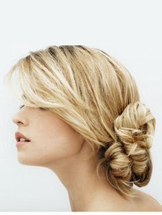 Gorgeous messy little chignon Bun Hairstyles For Long Hair, Trendy Hairstyles, Straight Hairstyles, Wedding Hairstyles, Blonde Hairstyles, Lange Blonde, Bridal Hair Inspiration, Wedding Hair And Makeup, Gorgeous Hair