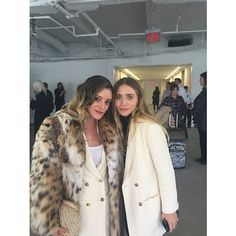 Olsens Anonymous Blog Style Fashion Get The Look Mary Kate And Ashley Instagram Spottings The Row Fall Winter 2016 Show Breelayneofficial Event photo Olsens-Anonymous-Blog-Style-Fashion-Get-The-Look-Mary-Kate-And-Ashley-Instagram-Spottings-The-Row-Fall-Winter-2016-Show-Breelayneofficial.png