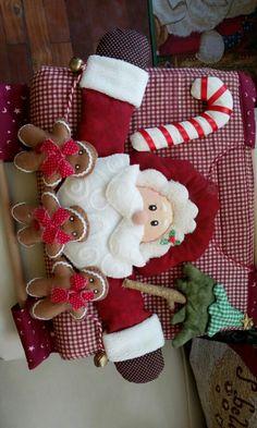 Christmas Stockings, Christmas Diy, Merry Christmas, Christmas Decorations, Xmas, Holiday Decor, Felt Patterns, Patch Quilt, Felt Art