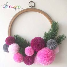 27 Ideas Crochet Gifts For Teachers Pom Poms For 2019 Crochet Teacher Gifts, Crochet Gifts, Pom Pom Wreath, Diy Wreath, Pom Pom Diy, Craft Stick Crafts, Diy And Crafts, Pom Pom Kranz, Boyfriend Crafts