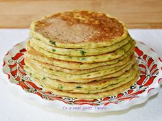 Pancakes cu dovlecel - imagine 1 mare Toddler Meals, Toddler Food, Romanian Food, Baby Food Recipes, Crackers, Vegetarian Recipes, Pancakes, Pizza, Sweets