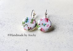 Fabric floral design silver colored dangle cabochon by Anchy