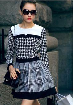 Vestido vitage chanel preto e branco na moda