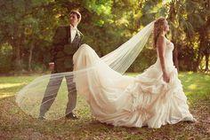 Playing with textures Wedding Photography, Wedding Dresses, Outdoor Decor, Pop, Fashion, Wedding Shot, Bride Dresses, Moda, Popular