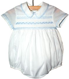 Baby Boy dressy white smocked bubble, is absolutely stunning. Hand smocking on the panel on the chest and hand embroidered and pipped in the collar and sleeves, perfect for any special occasion. Baby Outfits, Little Boy Outfits, Little Girl Dresses, Kids Outfits, Short Niña, Romper Pattern, New Baby Boys, Baby Sewing, Smocking