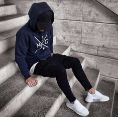 menswear ideas which is trendy. 390975 – Gina's Fashion Clothes & Fashions menswear ideas which is trendy. 390975 menswear ideas which is trendy. Streetwear Mode, Streetwear Fashion, Moda Men, Mens Fashion 2018, Fashion Wear, Womens Fashion, Herren Winter, Mens Winter, Casual Outfits