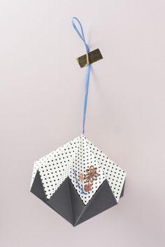 POLKA DOT LARGE DIAMOND Origami Folding, Polka Dots, Stationery, Christmas Ornaments, Diamond, Holiday Decor, Create, Unique, Products