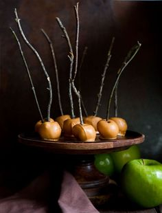 Mini Butterscotch Apples... this method is the easiest and Tastiest!!!