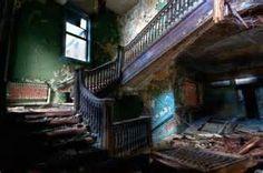 30 Fascinating Abandoned Buildings -