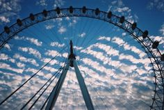Amazing Places in the World - London Eye