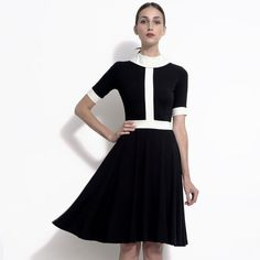Black and white vintage style mod inspired color block dress in stretch bamboo - the Monika - Black and white vintage style mod inspired color block dress Source by - Vegan Fashion, Fast Fashion, Slow Fashion, Style Fashion, Style Vintage, Mode Vintage, Vintage Fashion, Ethical Clothing, Ethical Fashion