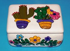 Old Vintage Mexican Tlaquepaque Hand Painted Signed Ceramic Pottery Lidded Box