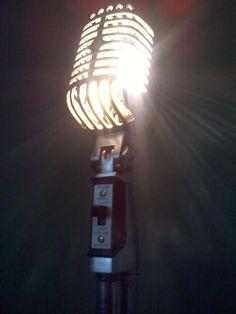 Vintage microphone lamp, omg, MUST HAVE!!