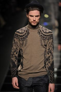 John-Richmond-autumn-winter-2012-13-milan-mens-printed-sweater