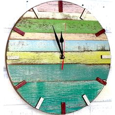 Saw this online. Was made from recycled boat wood, but could be made from pallet wood as well. Pallet Clock, Pallet Art, Pallet Wood, Wall Art Crafts, Wood Crafts, Deco Marine, Palette Diy, Diy Clock, Hanging Clock