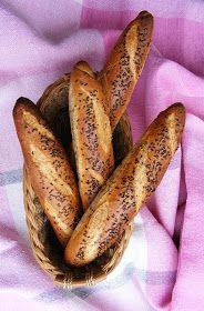 A stangli szó német eredetű, a stangerl, stange / rudacska, rúd szóból származik. Az értelmező szótár szerint: sütemény; hosszúkás,...
