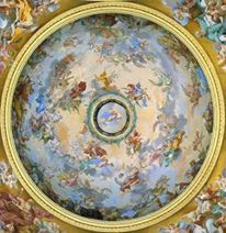 Achieve this dome illusion on your own ceiling with this classical fresco wallpaper!