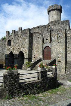Castello di Malgrate, Lunigiana, Toscana, Itália Massa Carrara