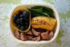 Real Lunch Ideas in a list :)Wendolonia: Lunch Box Idea List (with free printable PDF) by Wendy Copley, via Flickr