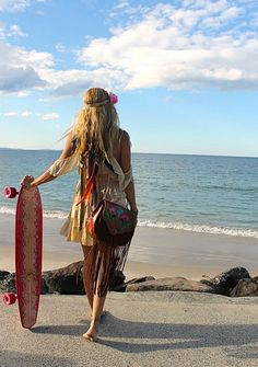 This is totally my alter ego!!!! cool bohemian surfer!!!