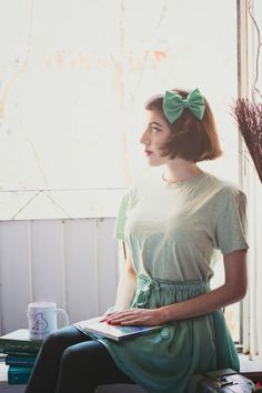 Green Hair Bow | FASHION IS MY RELIGION | photo Phimophoto | #green #bow